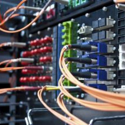 В Крыму запустили первую очередь новой сети связи.