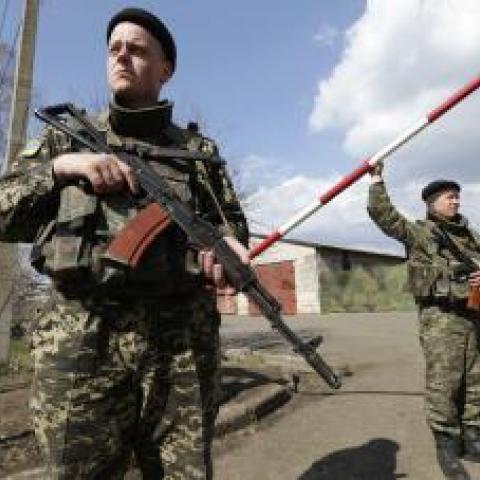 Украина изменила схему пропуска на границе с Крымом.