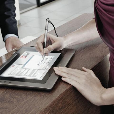 Особенности использования электронной подписи при сделках с недвижимостью.