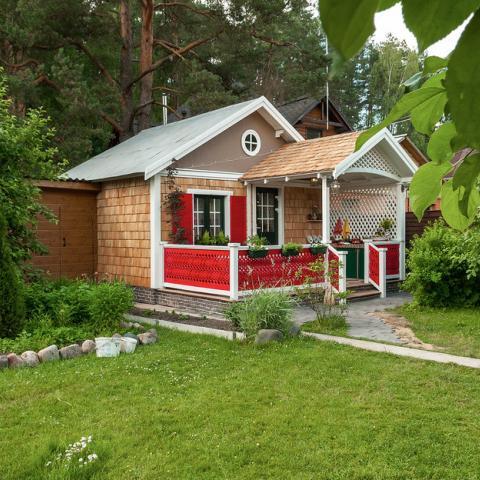 Регистрируем дом в садовых и дачных товариществах.