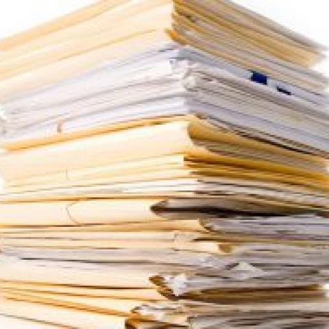 Росреестр пообещал оцифровать все документы к 2020 году.