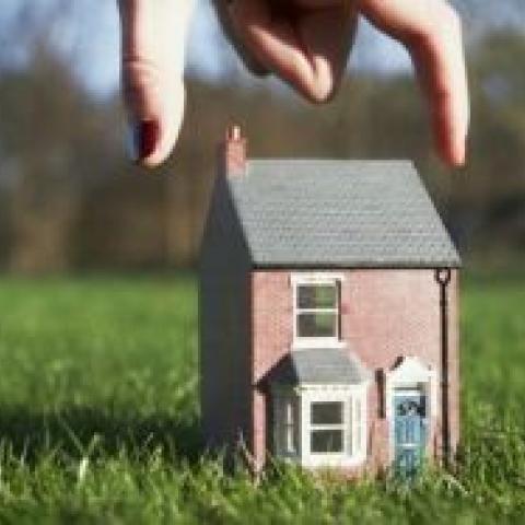 Согласованные с властями самовольные постройки вновь признают законными.