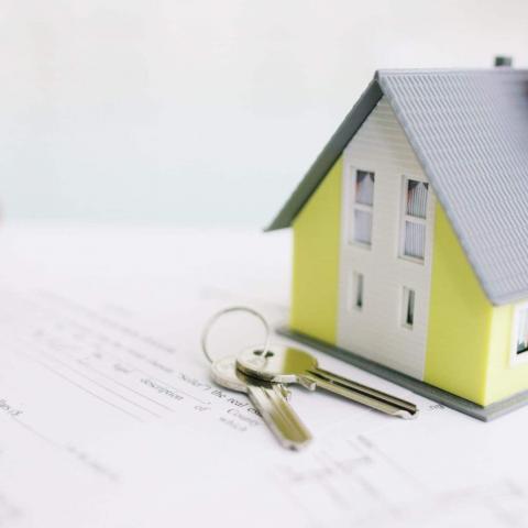 Как продать унаследованную недвижимость: документы, налоги, нюансы.