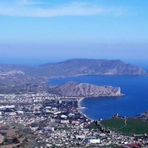 Два крымских города названы самыми бюджетными курортами России.