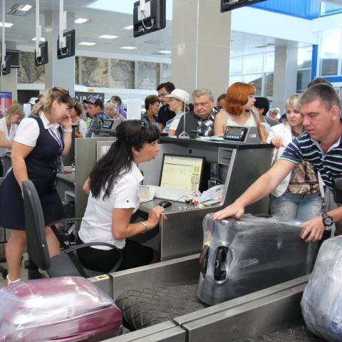 Черняк: данные о падении спроса на Крым искусственно выдуманы.