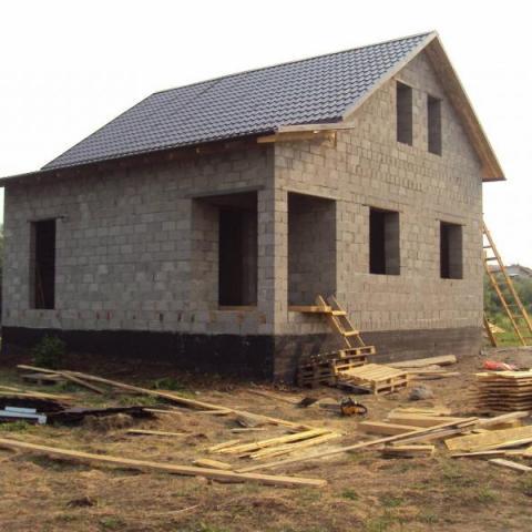 Незавершенное строительство: зачем нужно регистрировать недострой и как это правильно сделать.